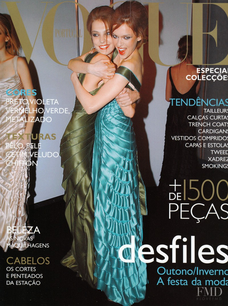 Eva Herzigova, Daria Werbowy featured on the Vogue Portugal cover from October 2004