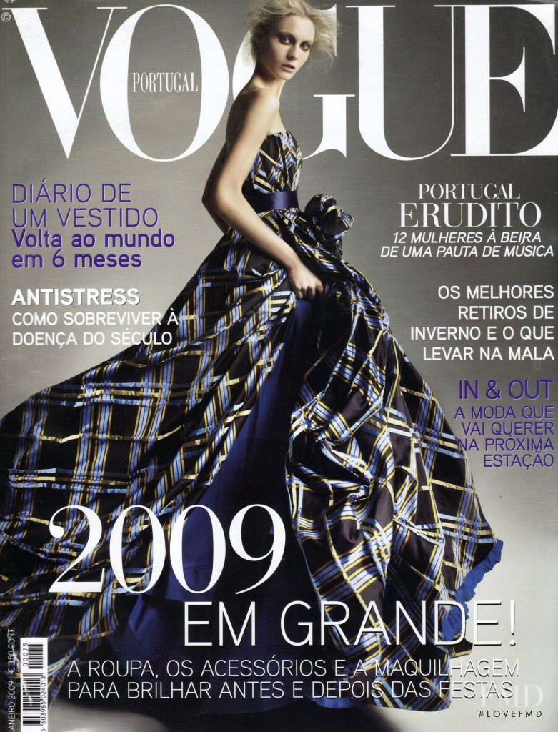 Charlotte di Calypso featured on the Vogue Portugal cover from January 2009