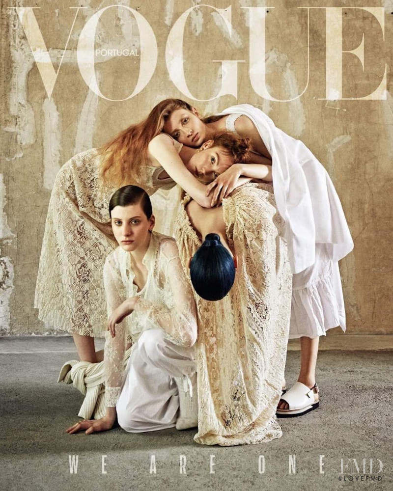 Kate Somers, Hazel Townsend, Bo Gebruers featured on the Vogue Portugal cover from November 2018