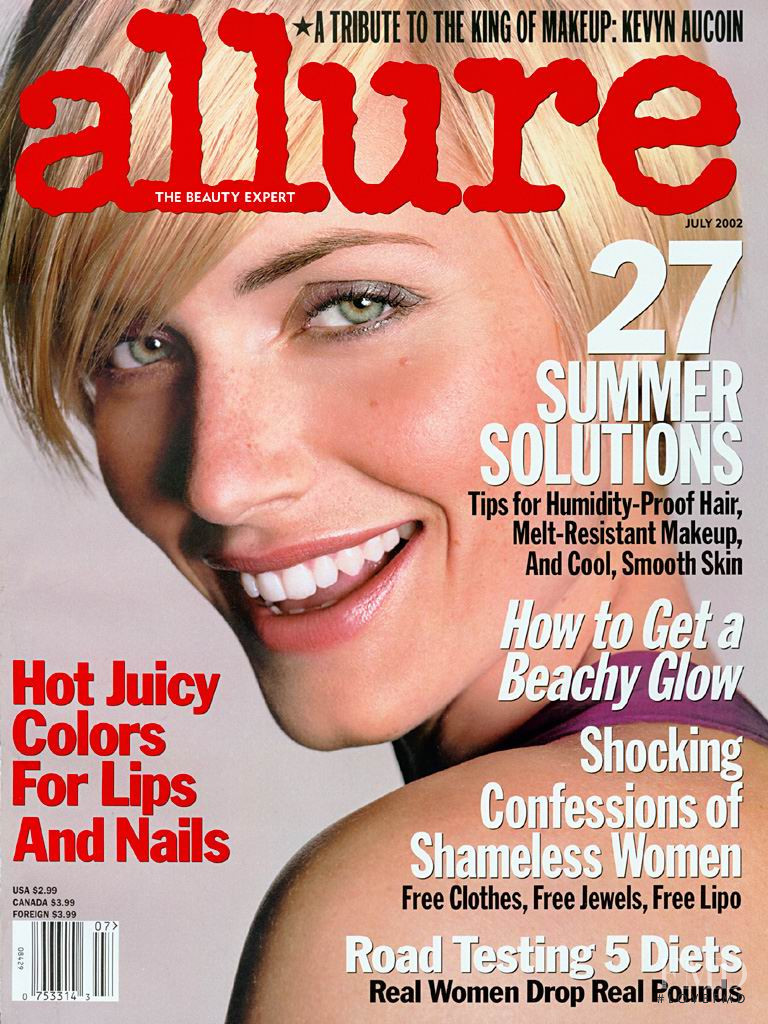 Amber Valletta featured on the Allure cover from July 2002
