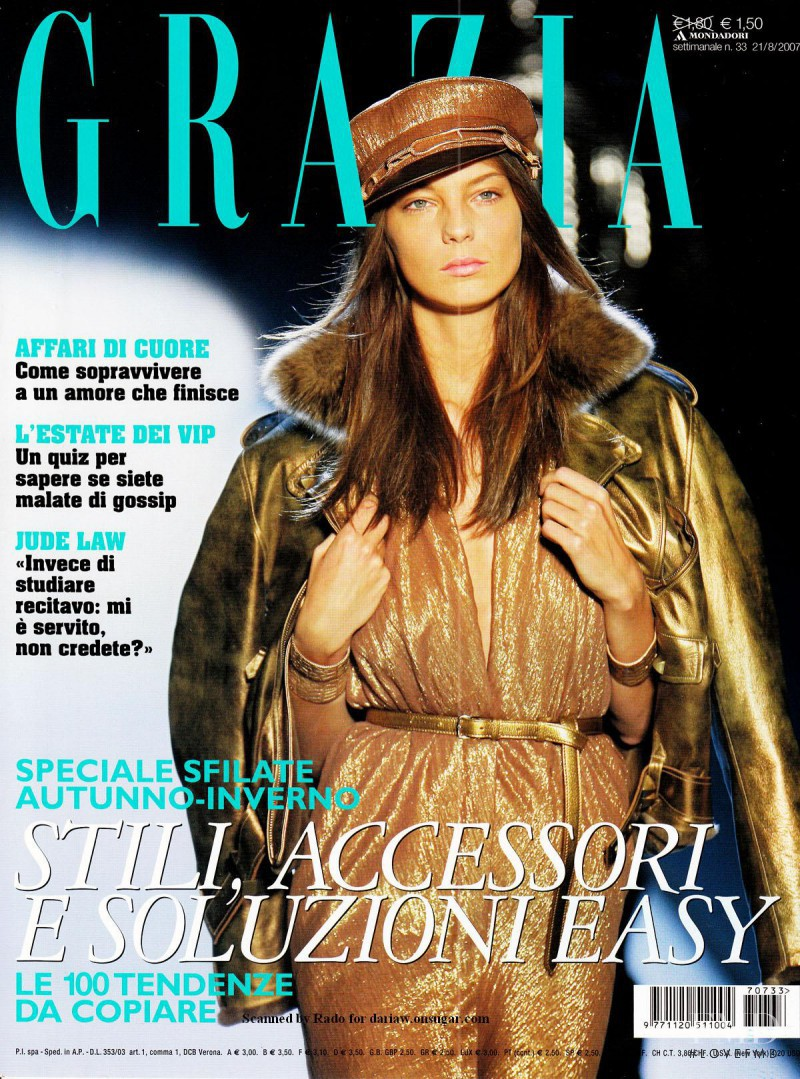 Daria Werbowy featured on the Grazia Italy cover from August 2007
