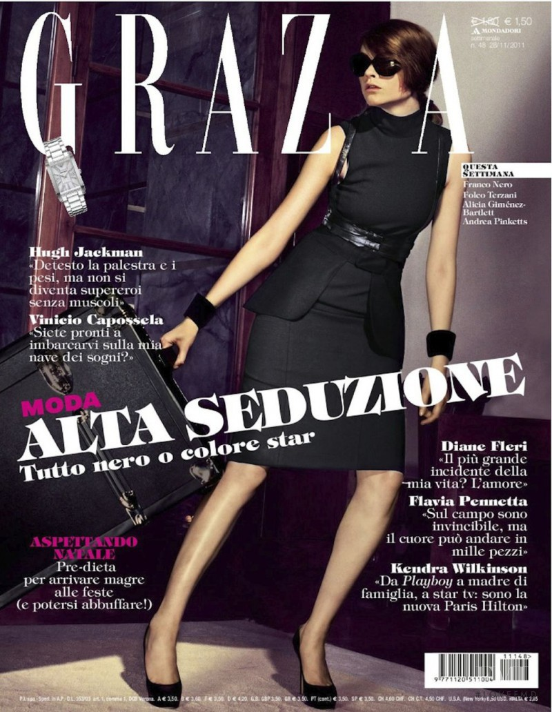 Donna Loos featured on the Grazia Italy cover from November 2011