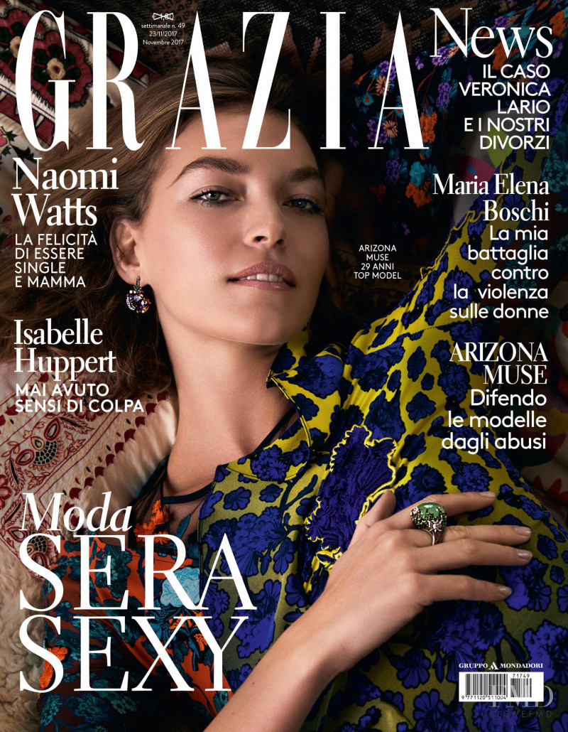 Arizona Muse featured on the Grazia Italy cover from November 2017