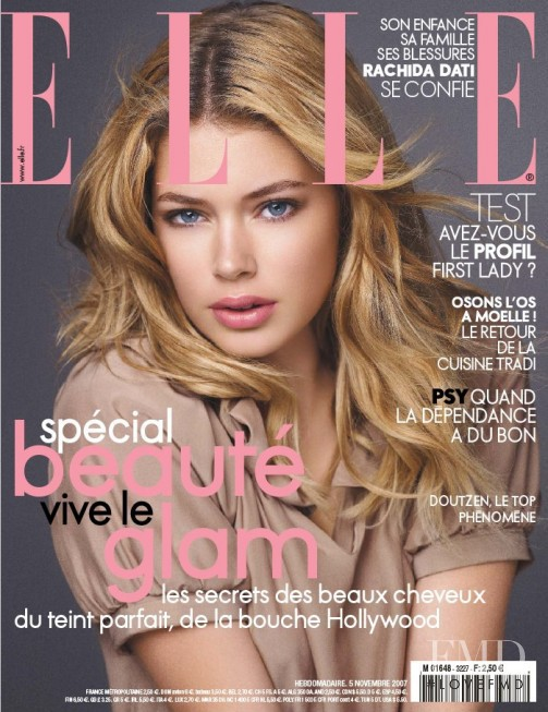 Doutzen Kroes featured on the Elle France cover from November 2007