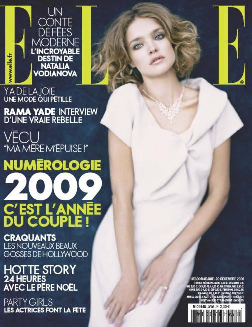 Natalia Vodianova featured on the Elle France cover from December 2008