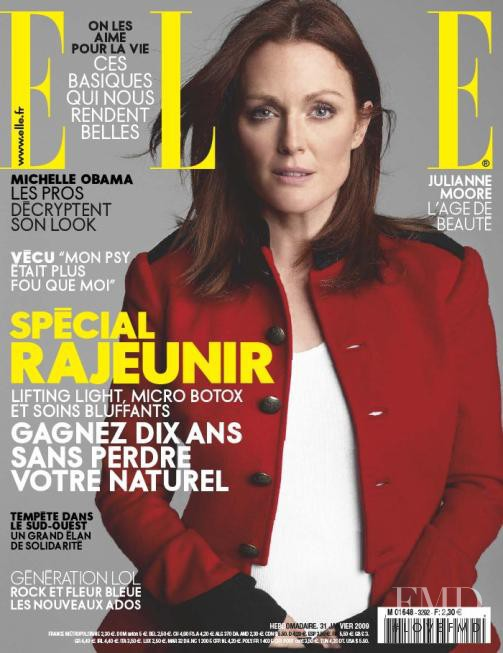 Julianne Moore featured on the Elle France cover from January 2009