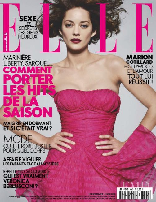 Marion Cotillard featured on the Elle France cover from May 2009