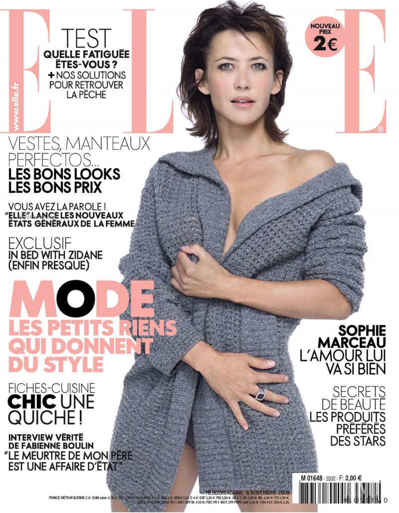 Sophie Marceau featured on the Elle France cover from November 2009