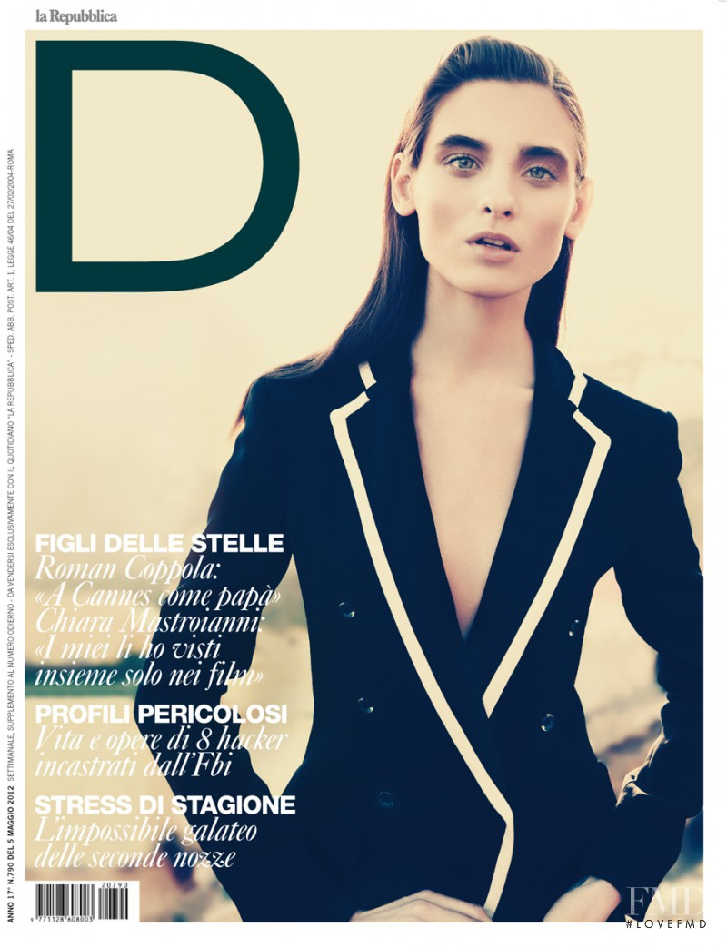 Carolina Thaler featured on the La Repubblica delle Donne cover from May 2012