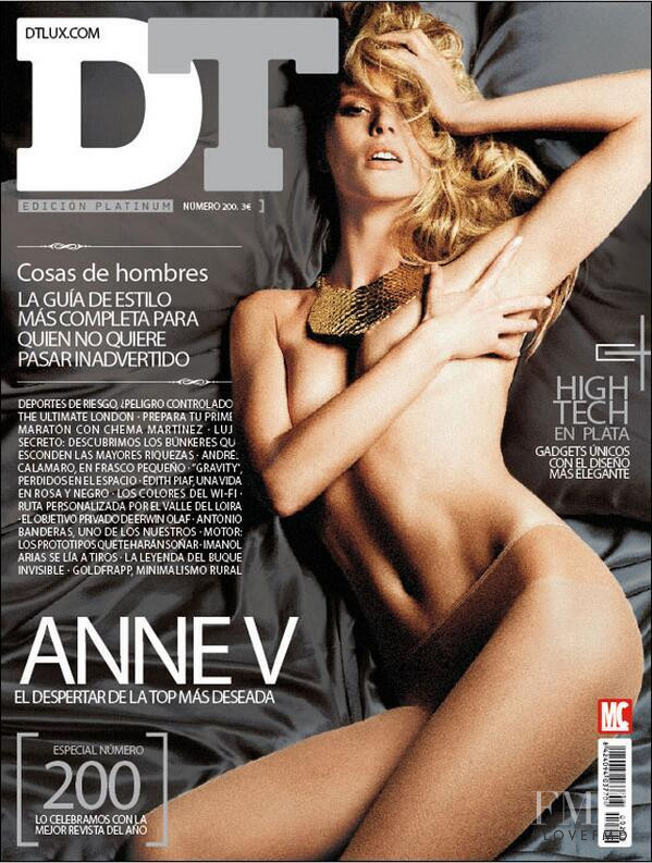 Anne Vyalitsyna featured on the DTLux cover from October 2013