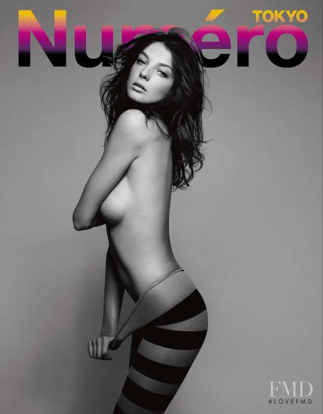 Daria Werbowy featured on the Numéro Tokyo cover from August 2007