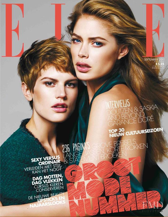Saskia de Brauw, Doutzen Kroes featured on the Elle Netherlands cover from September 2011
