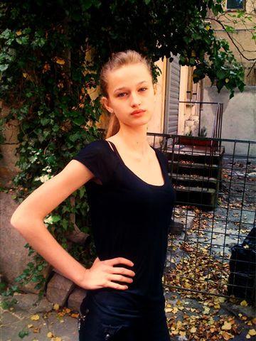 Photo of model Xenia Micsanschi - ID 198829