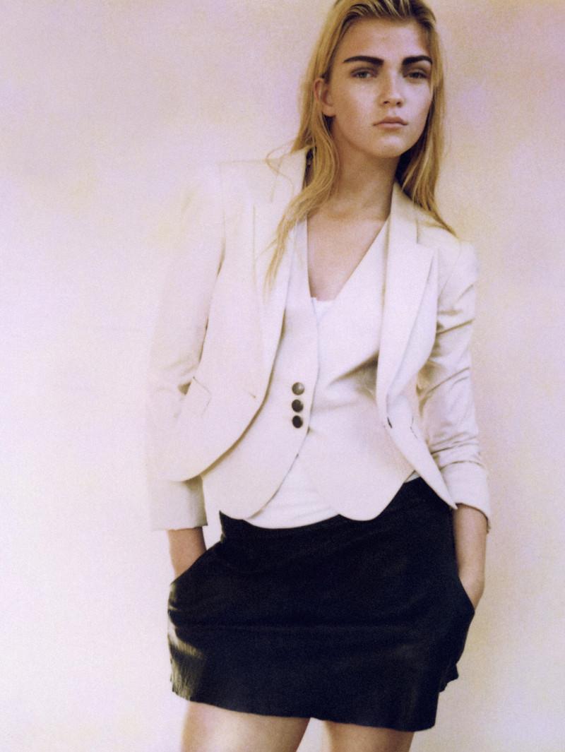 Photo of model Josephine Hansen - ID 199298
