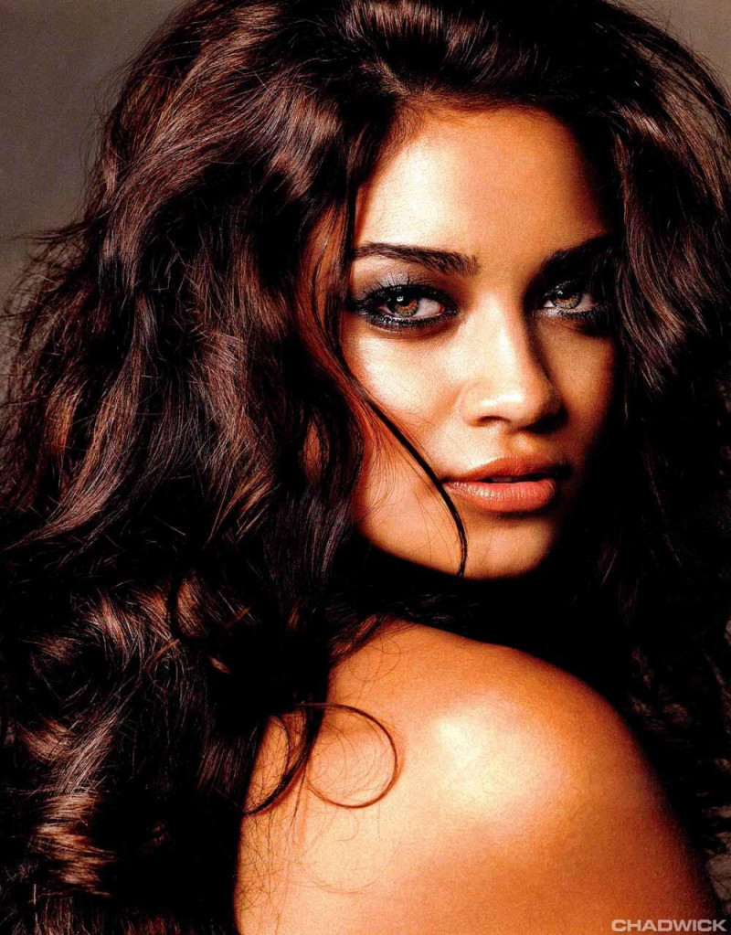 Photo of model Shanina Shaik - ID 237804
