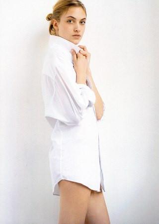 Photo of model Willemina Laan - ID 243440