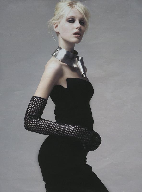 Photo of model Lisette van den Brand - ID 303430