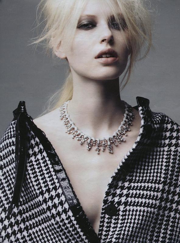Photo of model Lisette van den Brand - ID 303432