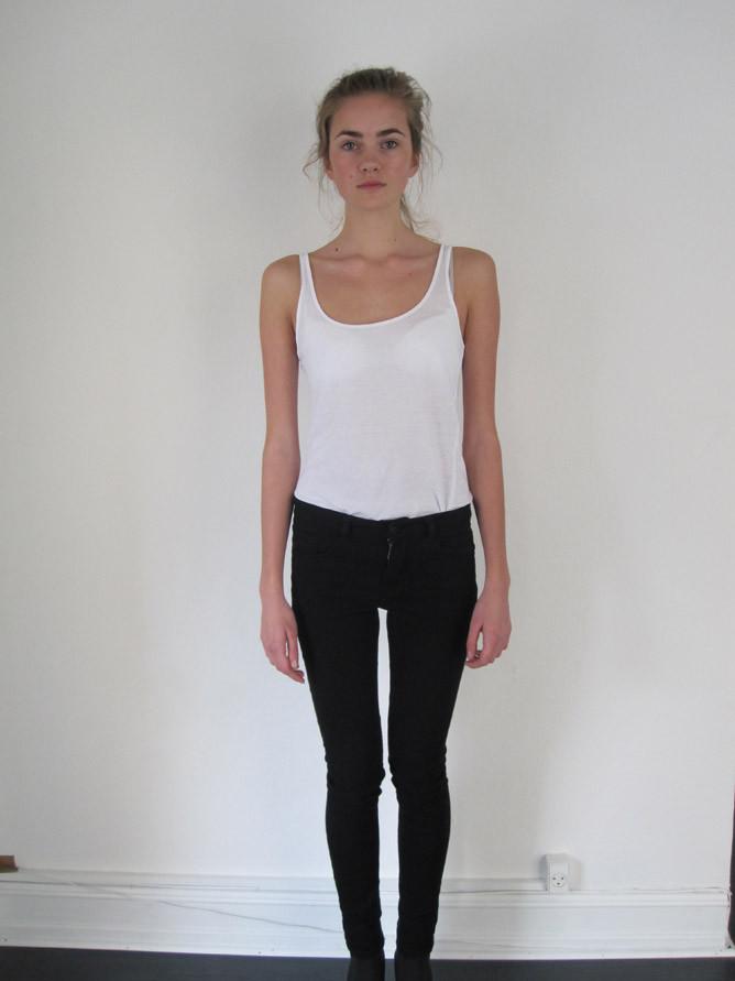 Photo of model Emma Nilsson - ID 313513