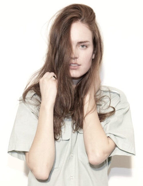 Photo of model Holly Cornell - ID 318455