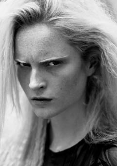 The Dutch Models: Lotte Tuinstra in Turkish ELLE