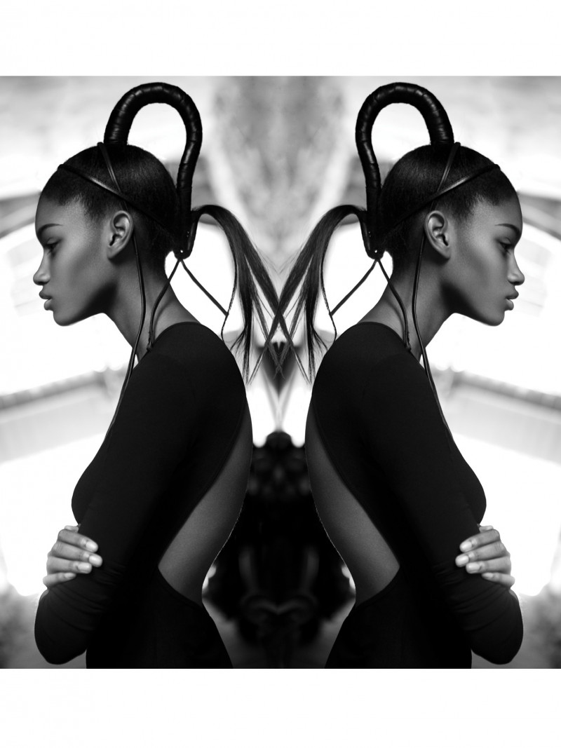Photo of model Miyanda Jacobs-Newton - ID 425016