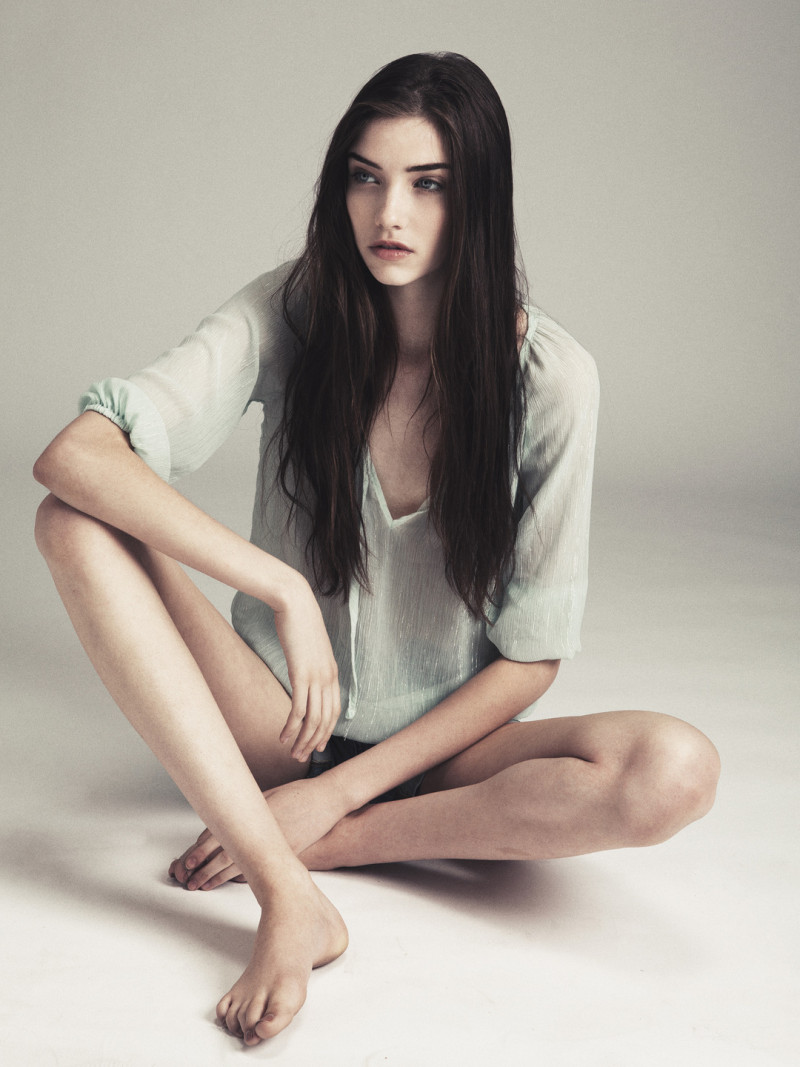 Photo of model Grace Hartzel - ID 434491