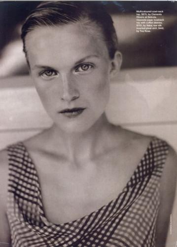 Photo of model Elisabeth Moses - ID 102928