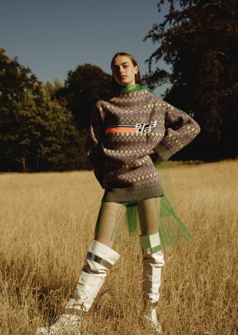 Photo of model Emma Poilblanc - ID 601397