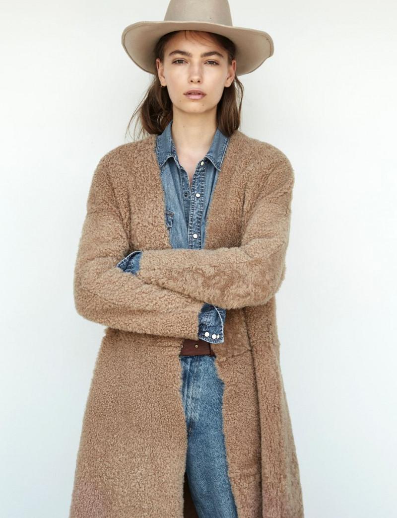 Photo of model Josephine Adam - ID 604349