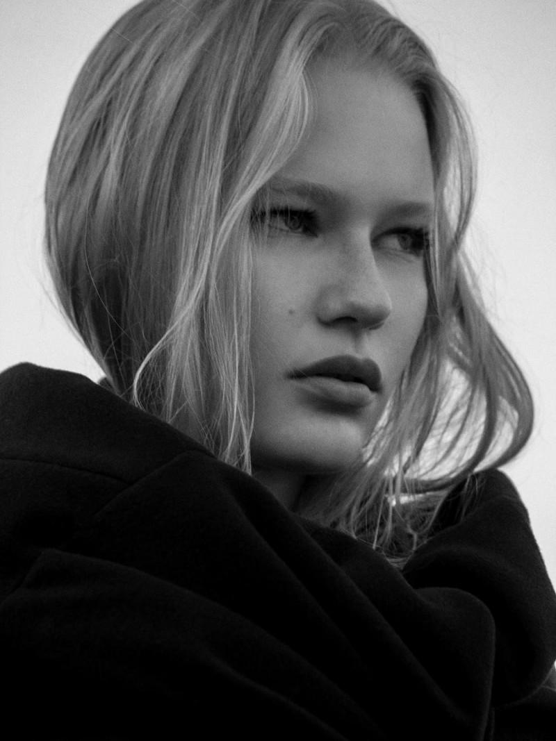 Photo of model Valeriia Merzlikina - ID 604538
