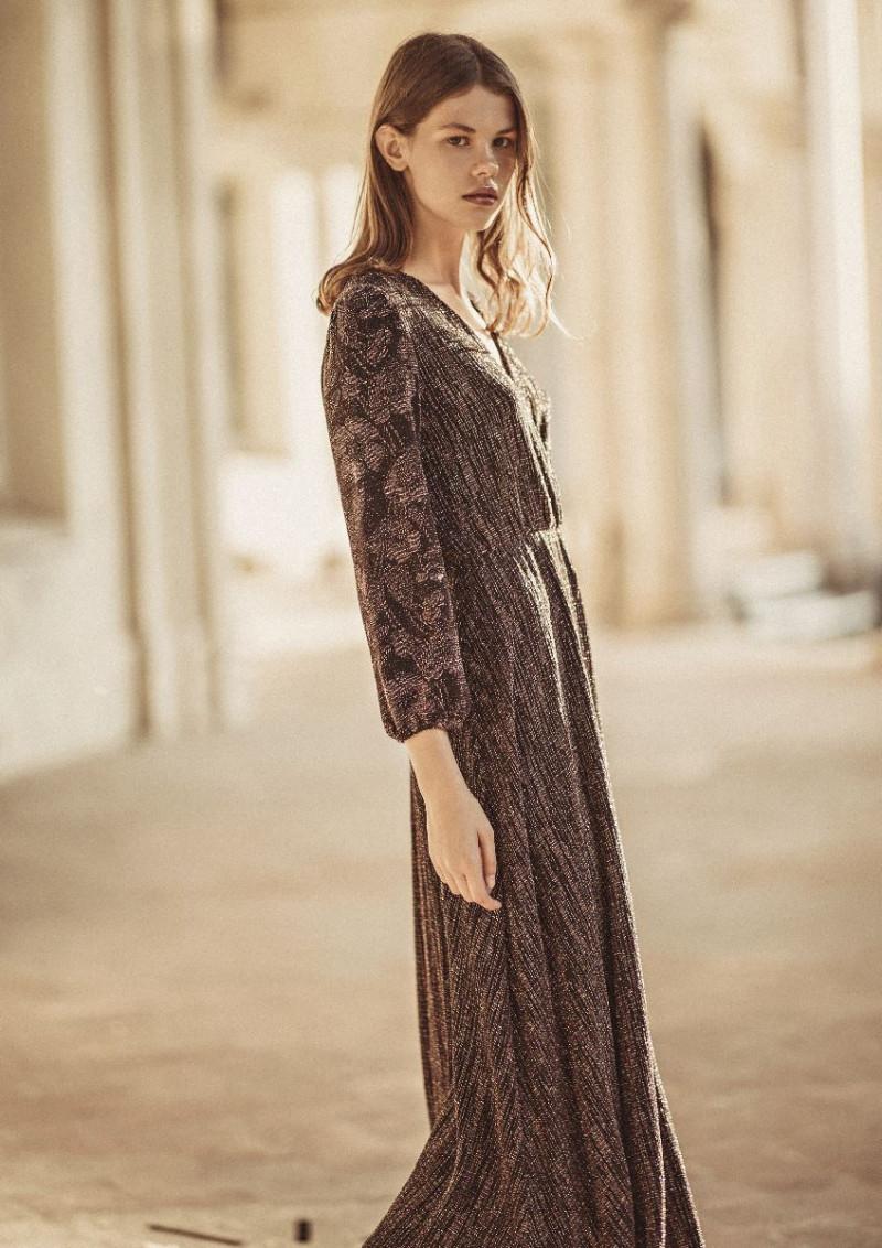 Photo of model Alex Peshehonova - ID 606381