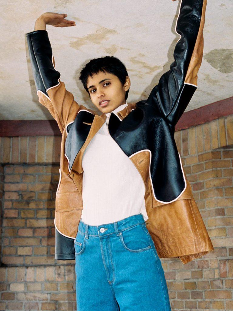 Photo of model Ayesha Djwala - ID 609155