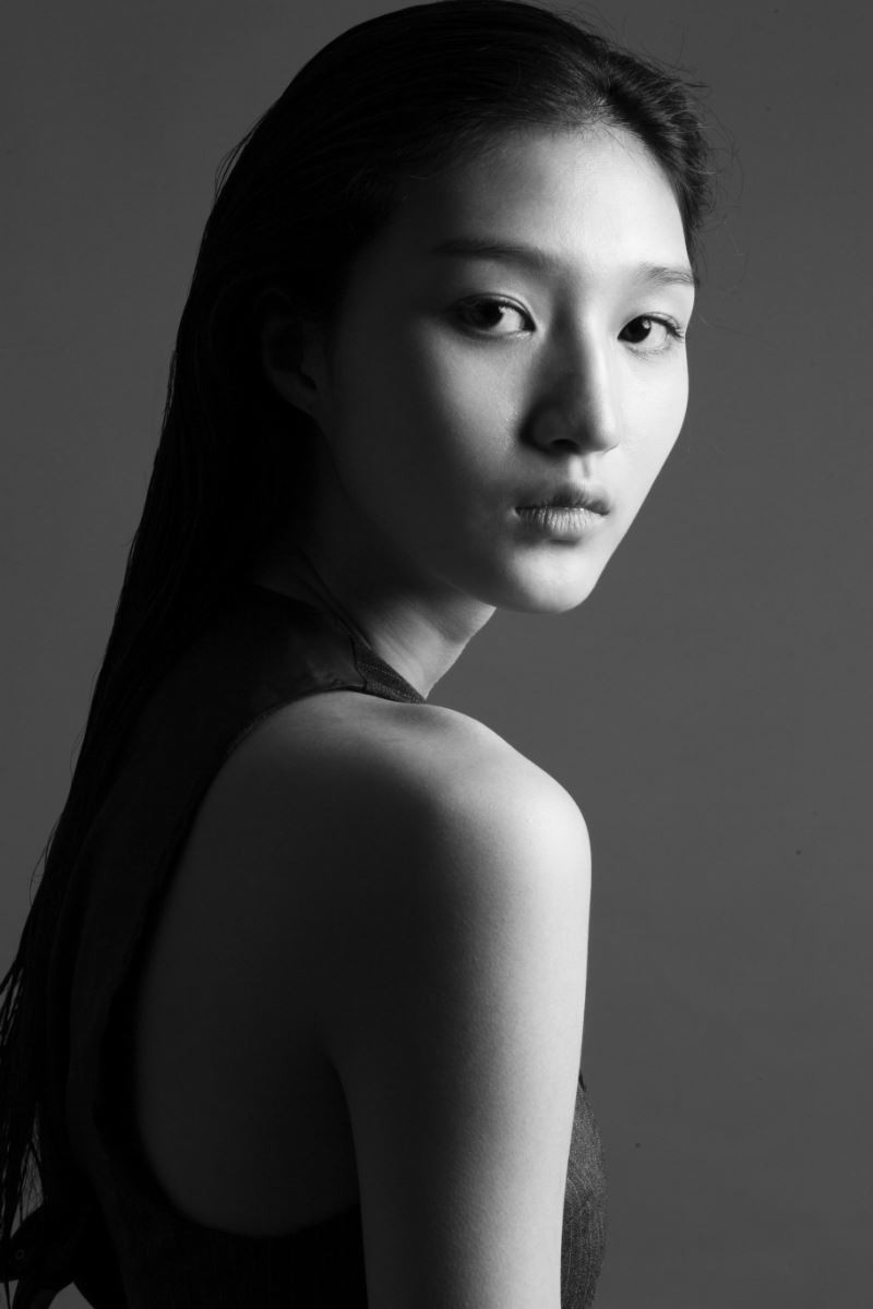 Photo of model NarYoung Ha - ID 612000
