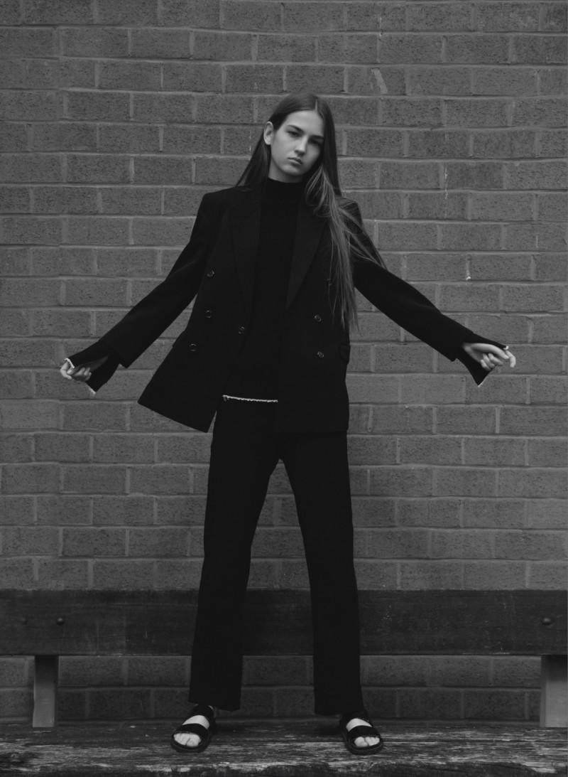 Photo of model Mira Molnar - ID 618815