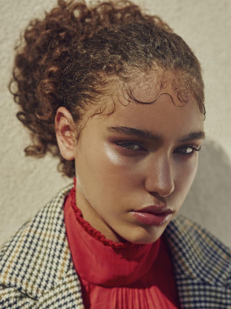 Photo of model Danielle Ellsworth - ID 620817