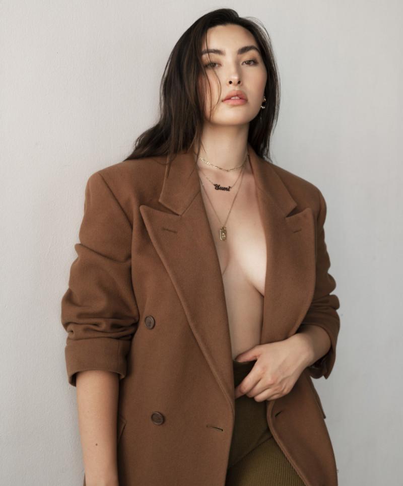 Photo of model Yumi Nu - ID 649036