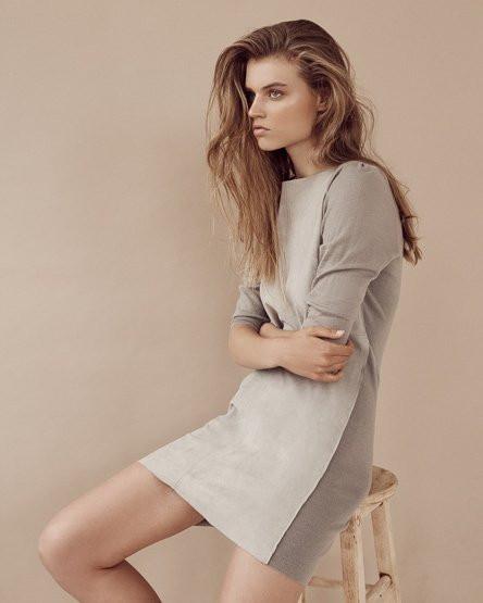 Photo of model Lottie Aaron - ID 649087