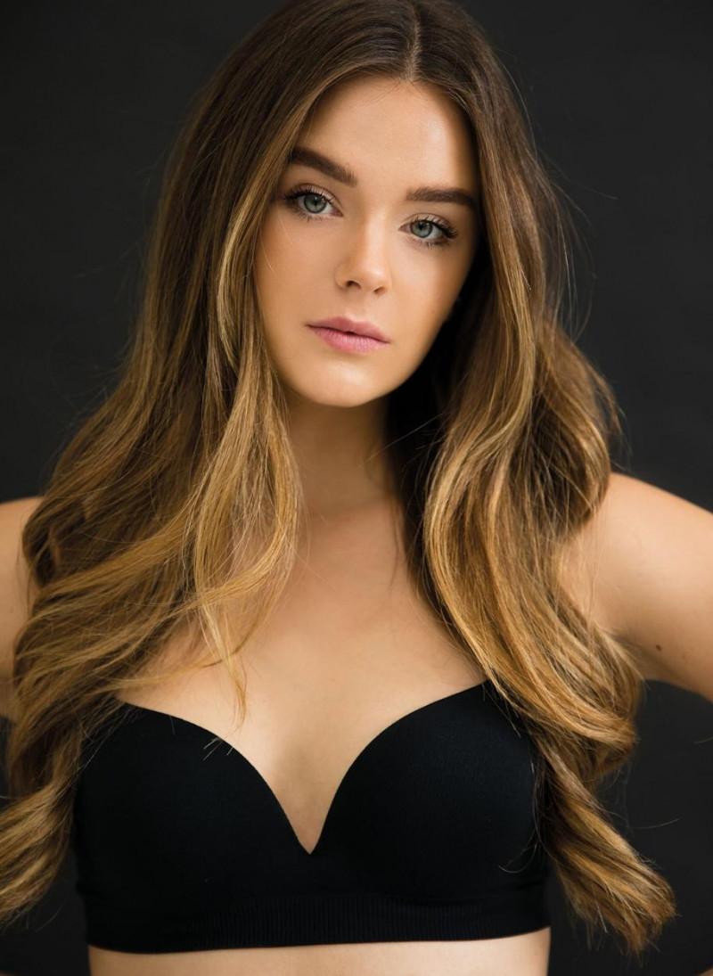 Photo of model Joelle Scheika - ID 651430