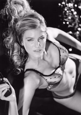 Photo of model Alexandra Leigh - ID 65361