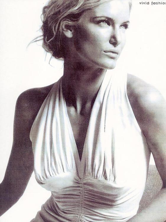 Photo of model Alexandra Leigh - ID 66213