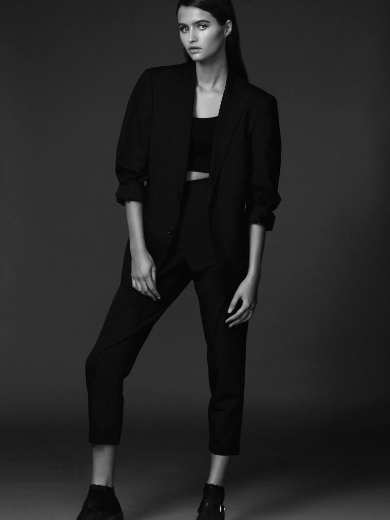 Photo of model Roos Dagmar - ID 497848