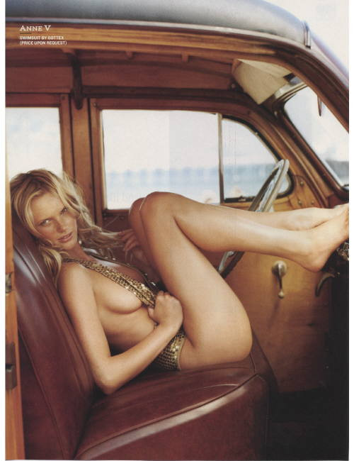 Anne Vyalitsyna - Photo - Fashion Model