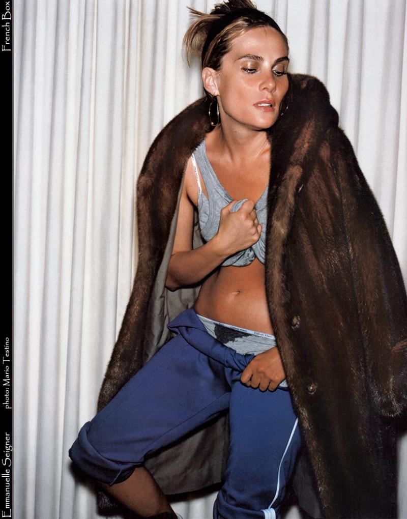 Photo of model Emmanuelle Seigner - ID 131336