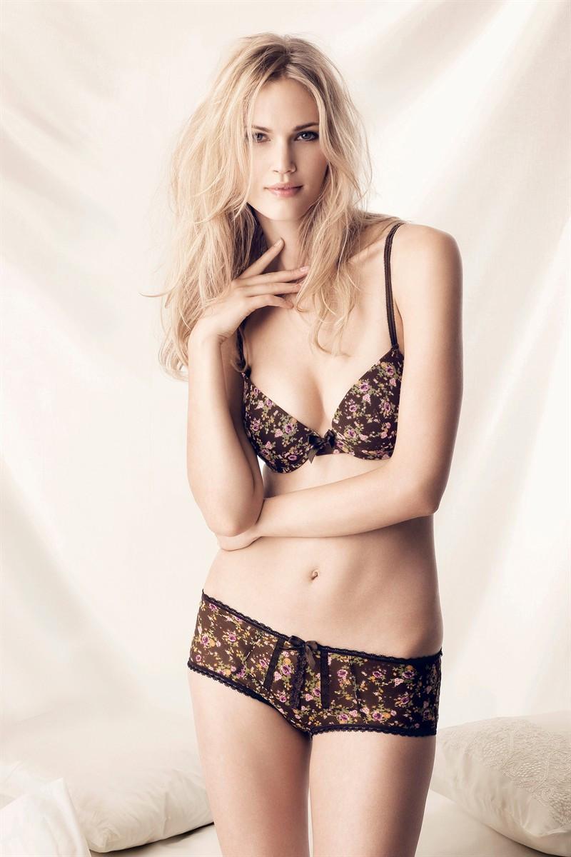 Photo of fashion model Maria Lyth - ID 378533   Models