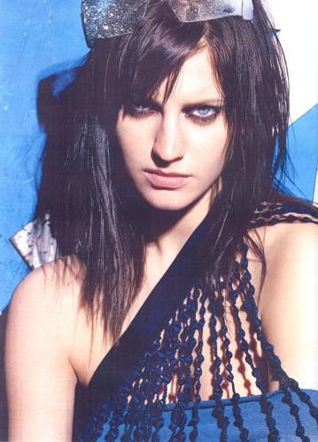 Photo of model Laura Witcomb - ID 14194
