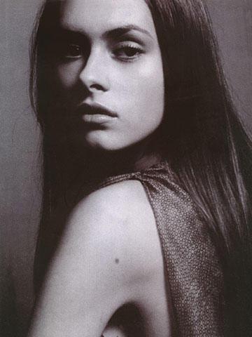 Photo of model Roxana Filip - ID 137231