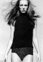Photo of model Madeleine Cox - ID 11286