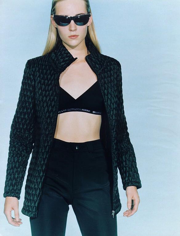 Photo of model Rebecca Rae - ID 85593