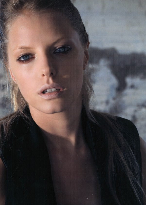 Photo of model Louise Von Celsing - ID 301321